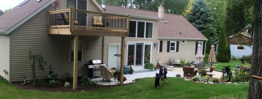 Wisconsin upstairs deck remodeling by High Quality Contracting Inc