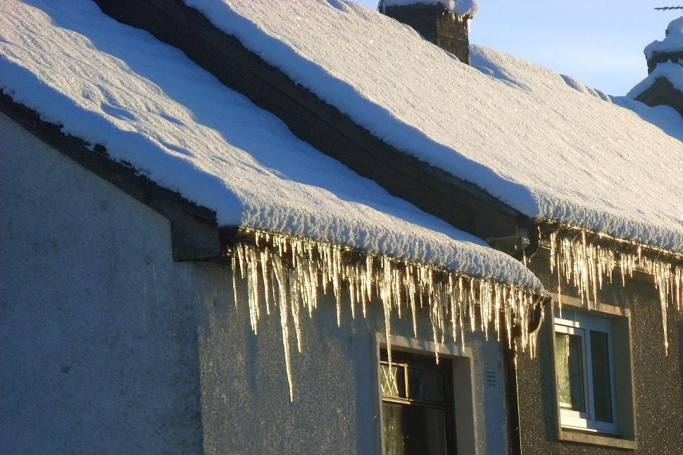 Common Winter Roofing Blues