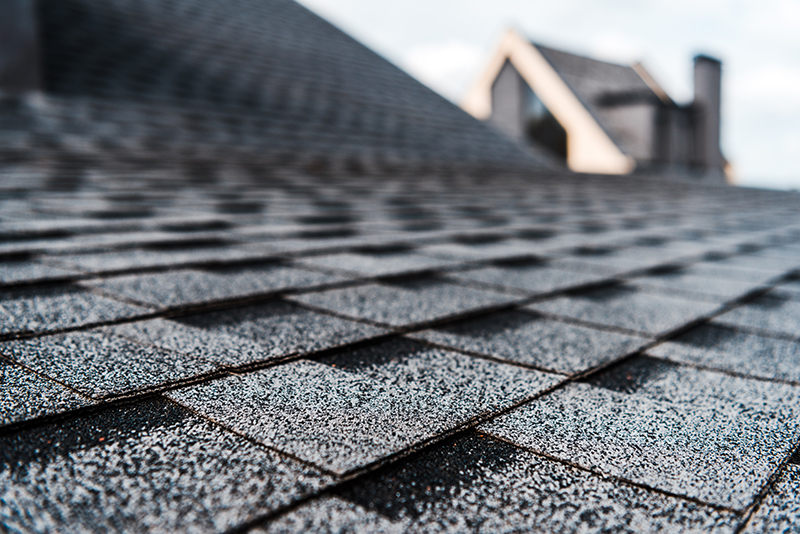 Can the sun's heat cause premature roof replacement?
