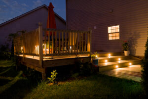 Southeastern Wisconsin deck builder- High Quality Contracting, Inc. example of lighting